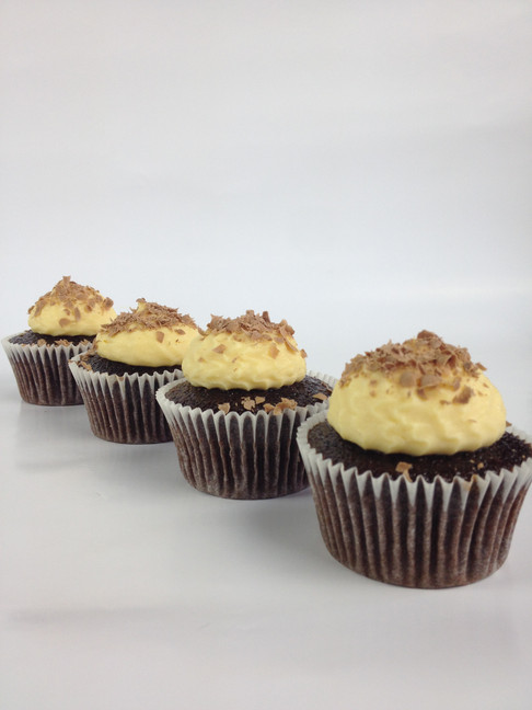 Chocolate cupcakes with castard