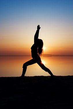 dreamstime_yoga-at-sunrise.jpg