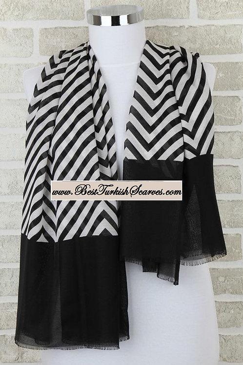 Five 5 zigzag shawl/hijab- model 4