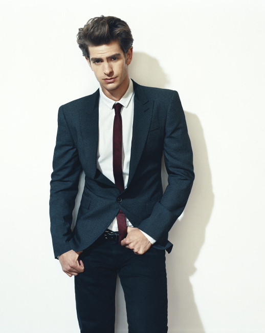New-Details-Outtakes-andrew-garfield-22975152-518-649.jpg