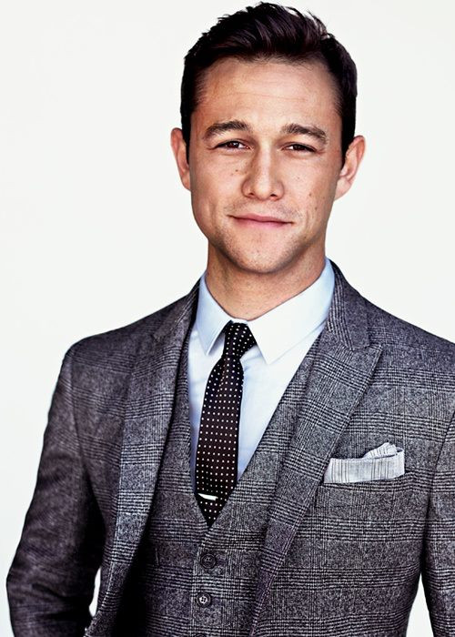 Joseph-Gordon-Levitt-demolitionvenom-33467267-500-700.jpg