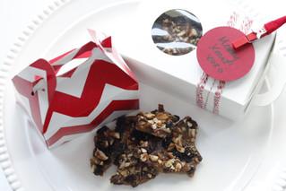 HOLIDAY RUM RAISIN CHOCOLATE TOFFEE #YesPlease