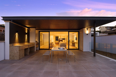 30 Parriwi Rd. Courtyard