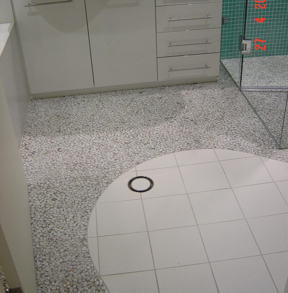 Curl Curl bathroom floor tiling.JPG