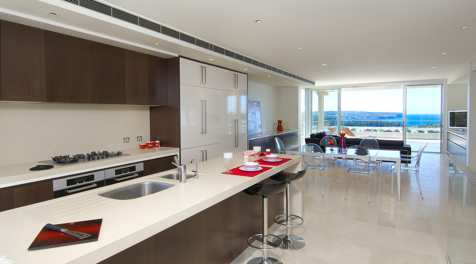 Kitchen Dining View Parr18A-20.jpg