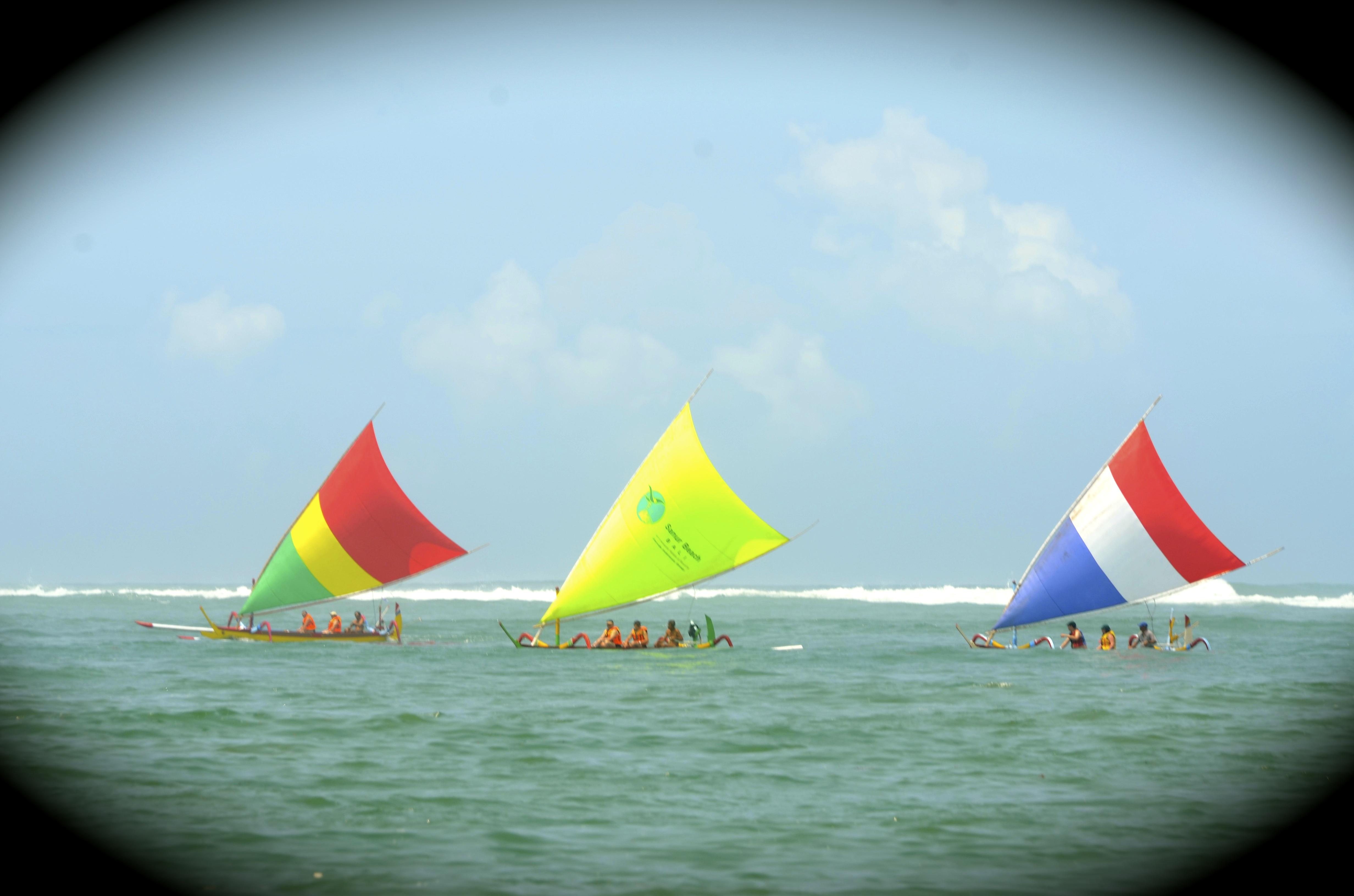Sailing in Sanur