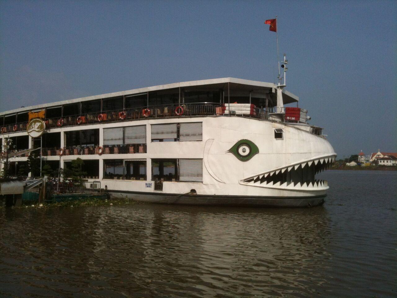 Dinner cruise on the delta