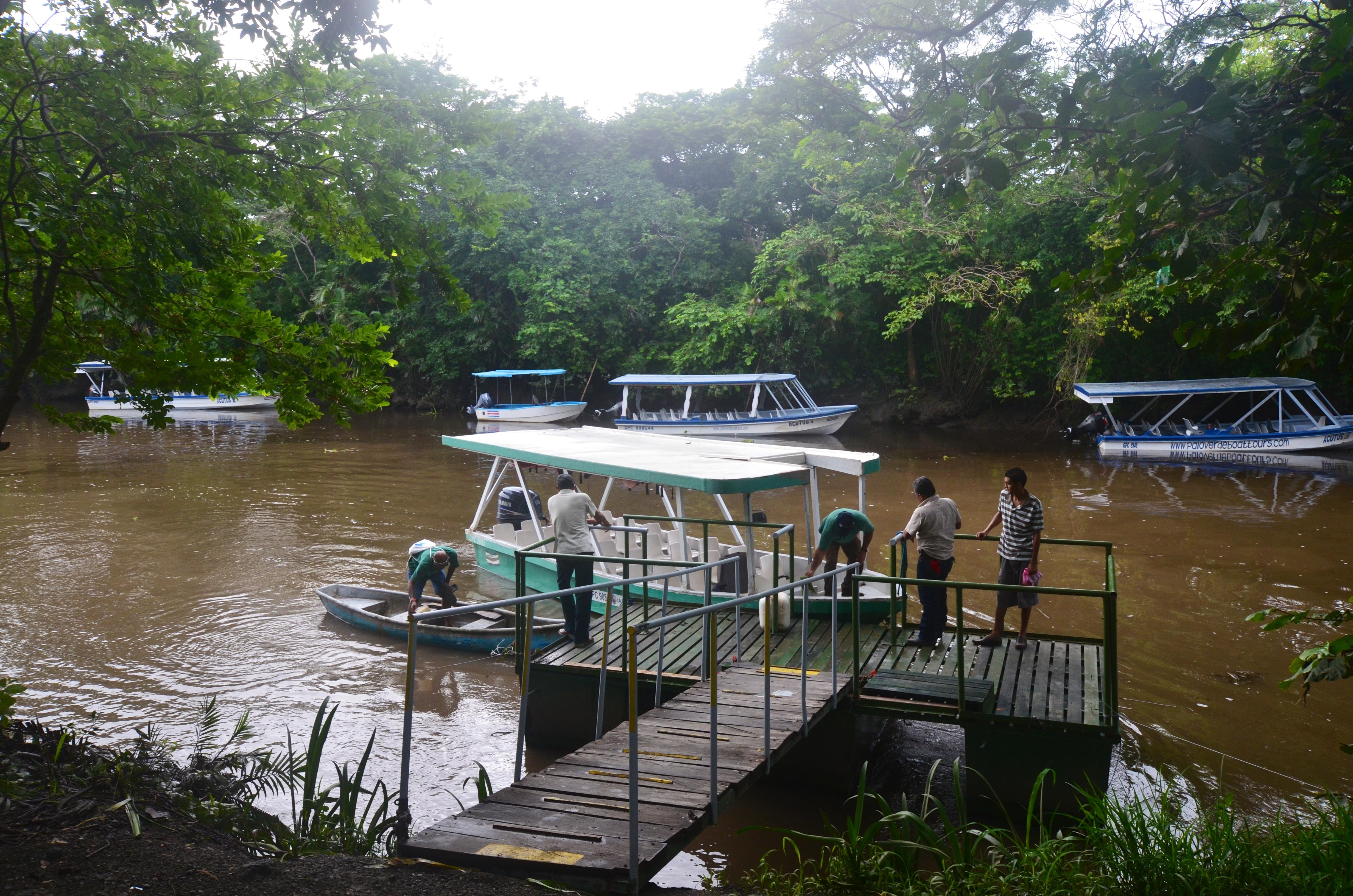 River cruise Tempisque