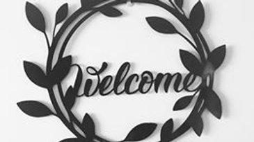Welcome leaf wreath