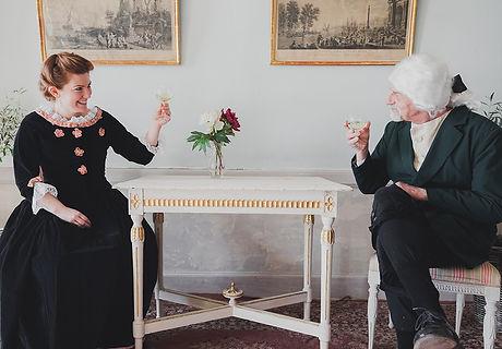 Patron och frun skålar FOTO David Nyman.