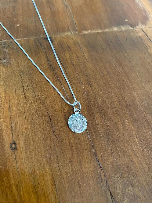 Colar Medalha São Bento Prata Envelhecida