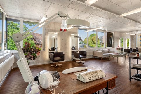 Schnitt Lounge