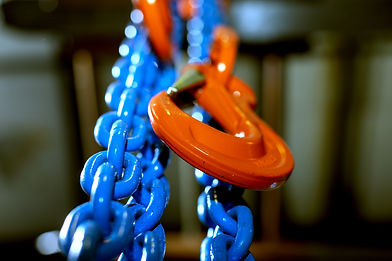 Industrial rigging chain and hook