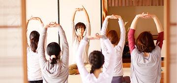 yoga-mainimg.jpg