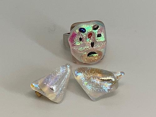 Grim Glitter Gold Face Ring!