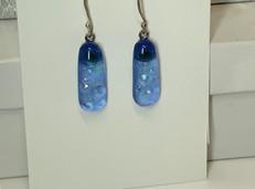 SOLD! Blue Hue Earring!