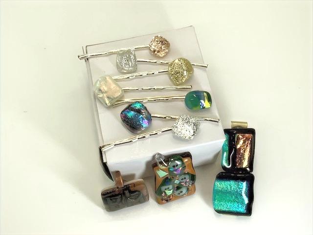 Clips & Barrettes Glass Tiki Jewelry