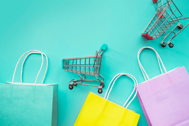 shopping-cart-miniatures-with-paper-bags