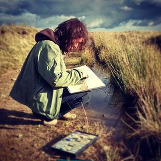 Artist Gale Rogers working en plein air