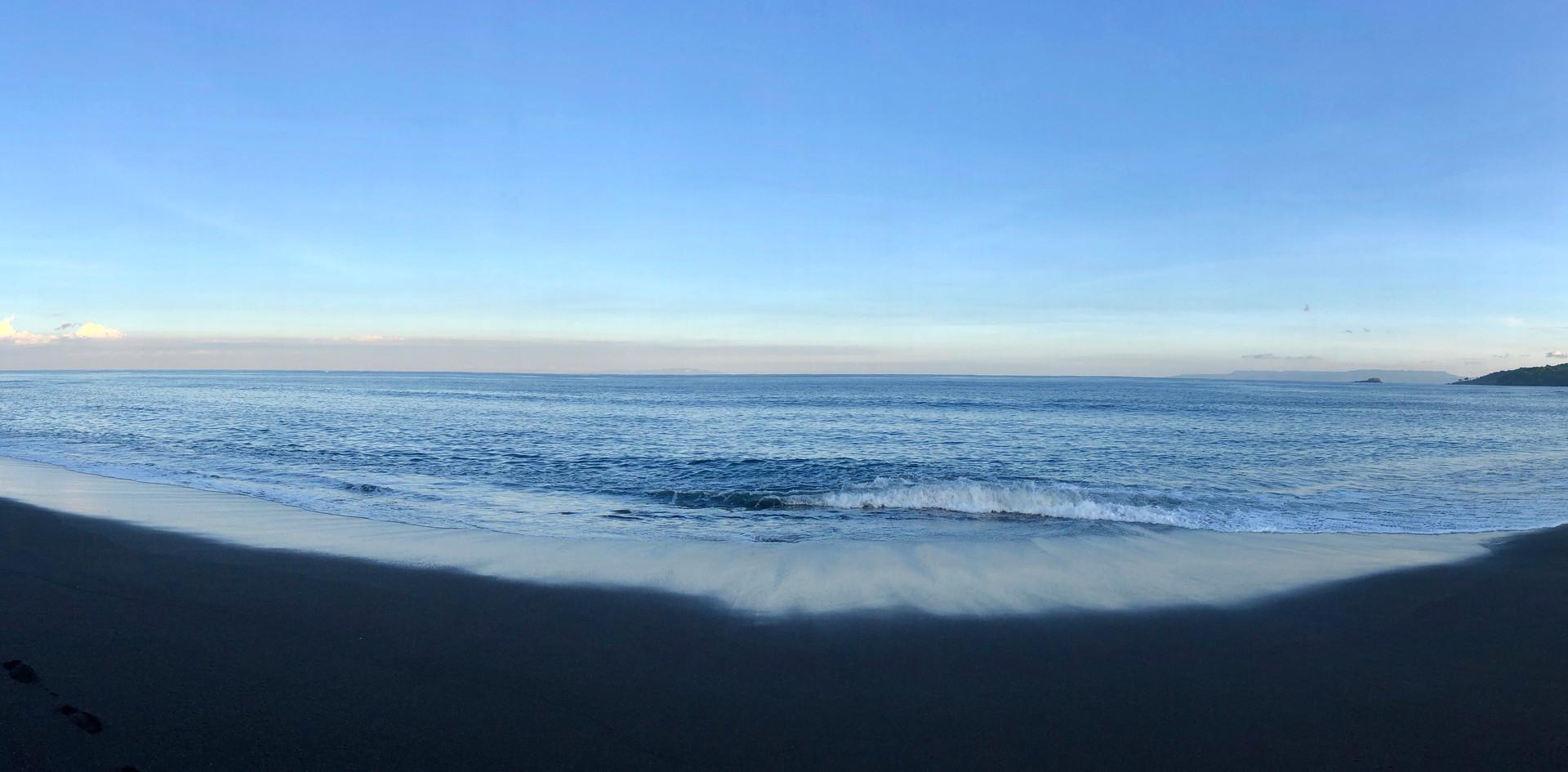 BEACH pano.jpg