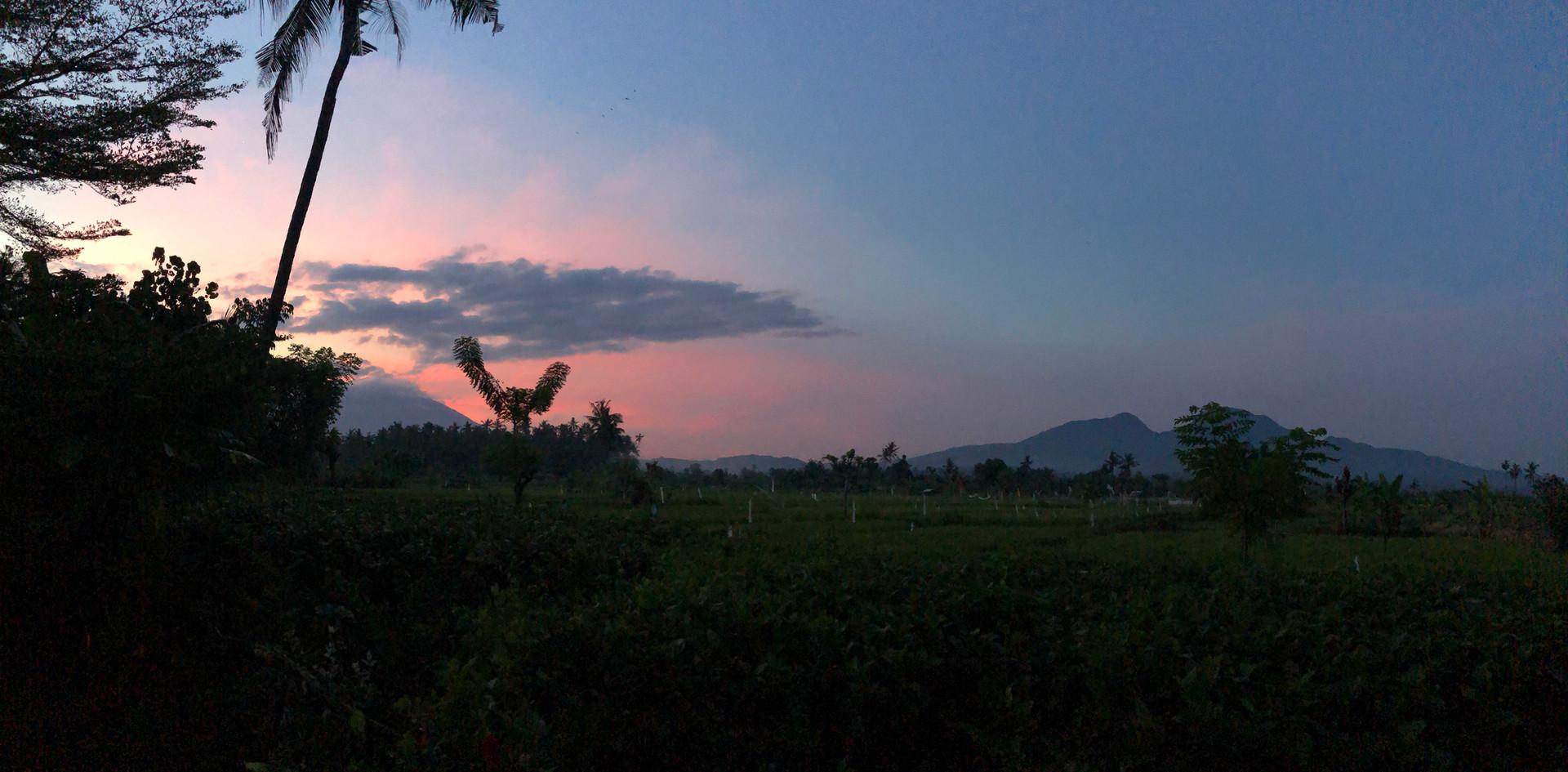 AGUNG sunset.jpg