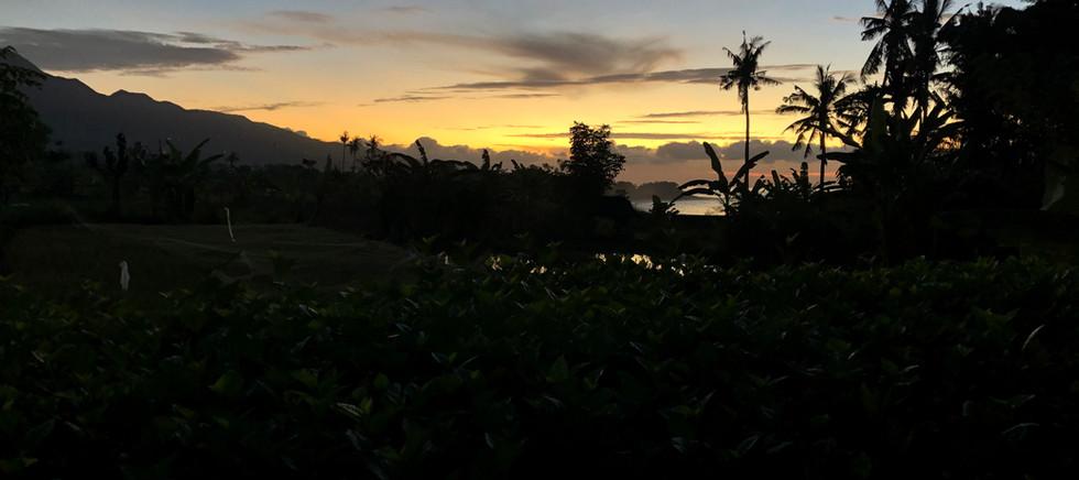 BARONG OCEAN Sunrise 2.jpg
