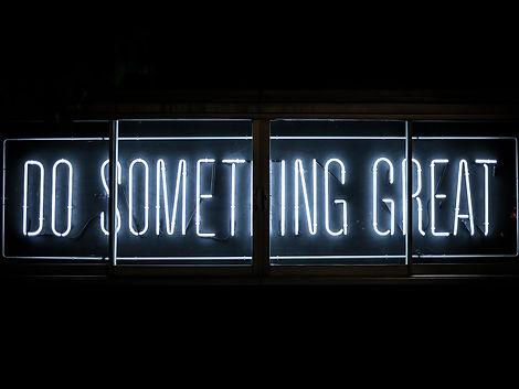 Neonschrift Do Something Great