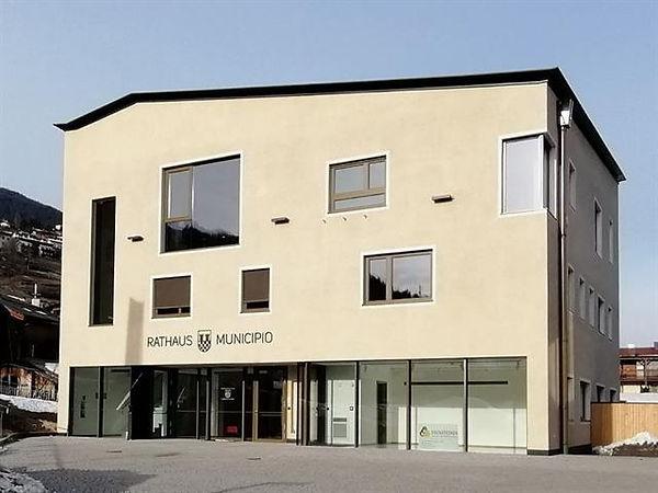 Rathaus Feldthurns.JPG