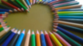 art-materials-close-up-color-pencil-4600