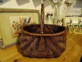 1940s vintage wicker basket