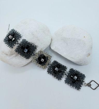 Linked Square Bracelet Black