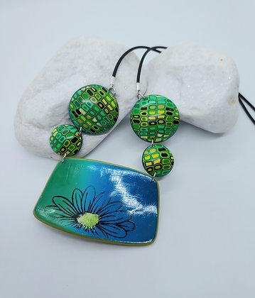 Blue green Daisy Pendant Necklace