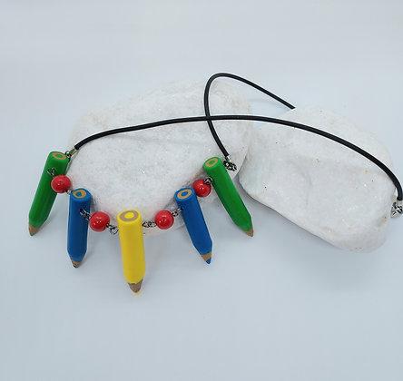 5 Crayon Necklace Red (2)