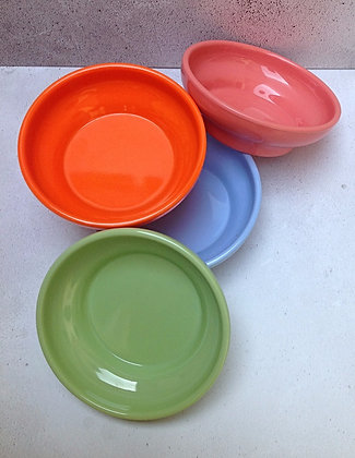 4 x small melamine dishes 1960s camper van