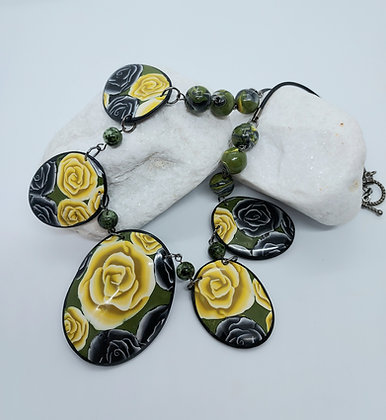 Black & Yellow Rose Patterned Necklace