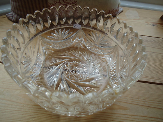 Vintage pressed glass large fruit bowl