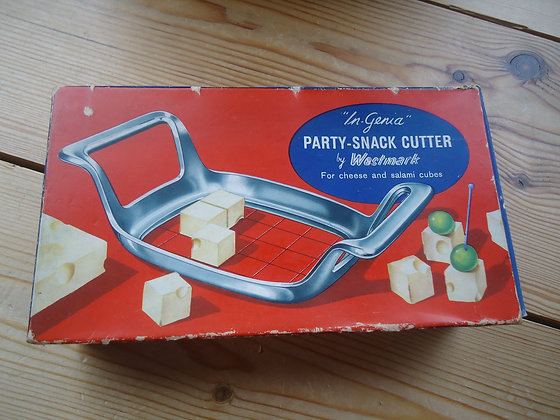 Vintage 'In Genia' Party Snack cutter