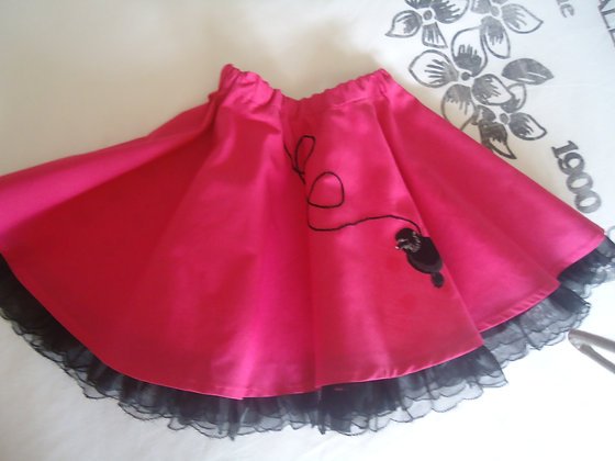 Girls 1950s style reversible poodle skirt
