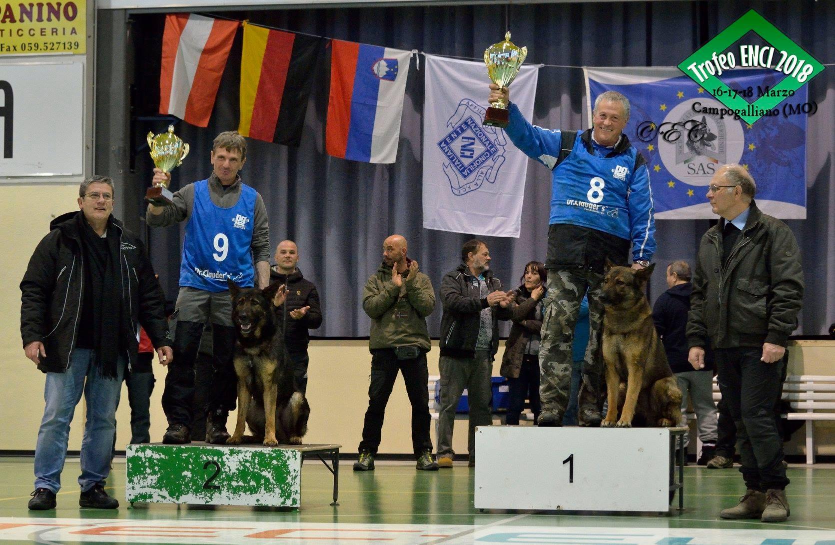 Podio Ipo2  trofeo ENCI 1 classificato Mutz della Decima Mas e Giorgio Marcantoni