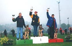 Nati e allevati in italia - 2002