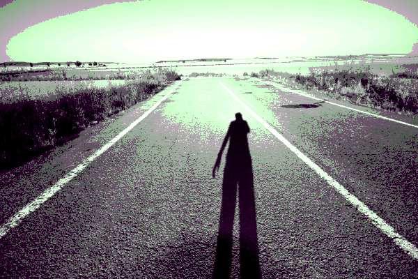 ruta solitaria, campo, sombra de persona