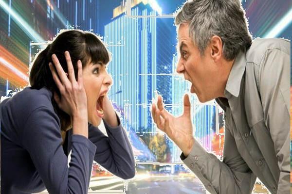 empresa, pareja discutiendo, grito