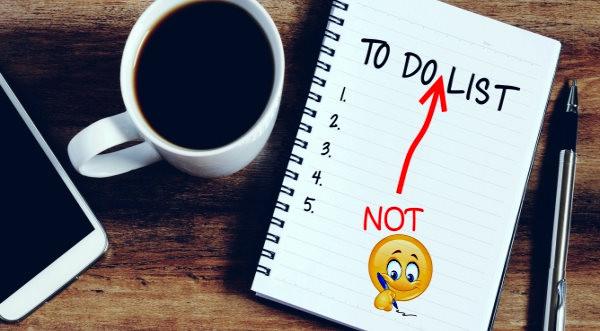tasa de café, agenda, lista