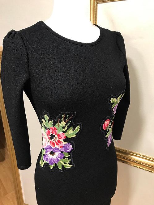 Robe noire à fleurs - T. XS