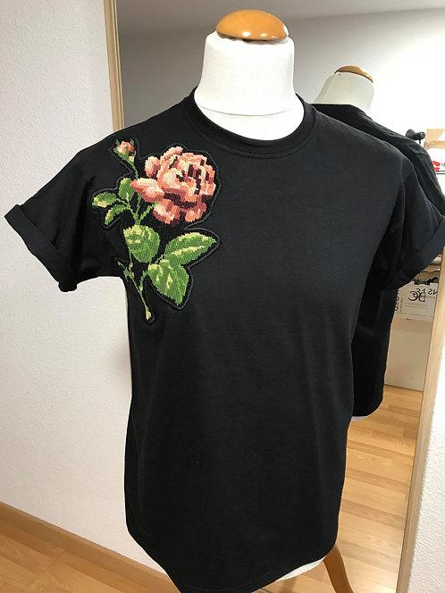 T-shirt à fleur CAN