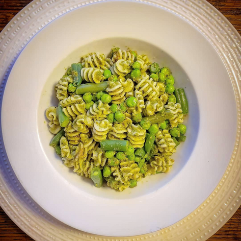 This is the BEST Pesto recipe on earth... how do I know? Because I decided to use bread crumbs( instead of pine nuts) and a good amount of ice, water, pasta water as adviced by the best chef and palate in the world @massimobottura   (foodfor_thoughtnyc)