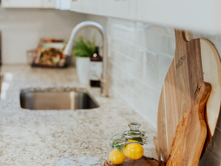 8 Easy Staging Tips for any Kitchen- That actually make a difference