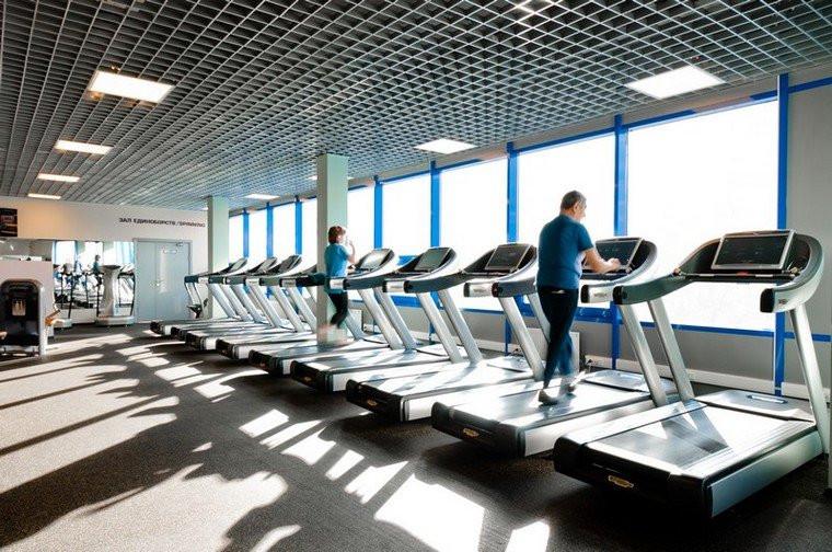 Фитнес-центры начинают осторожно работать