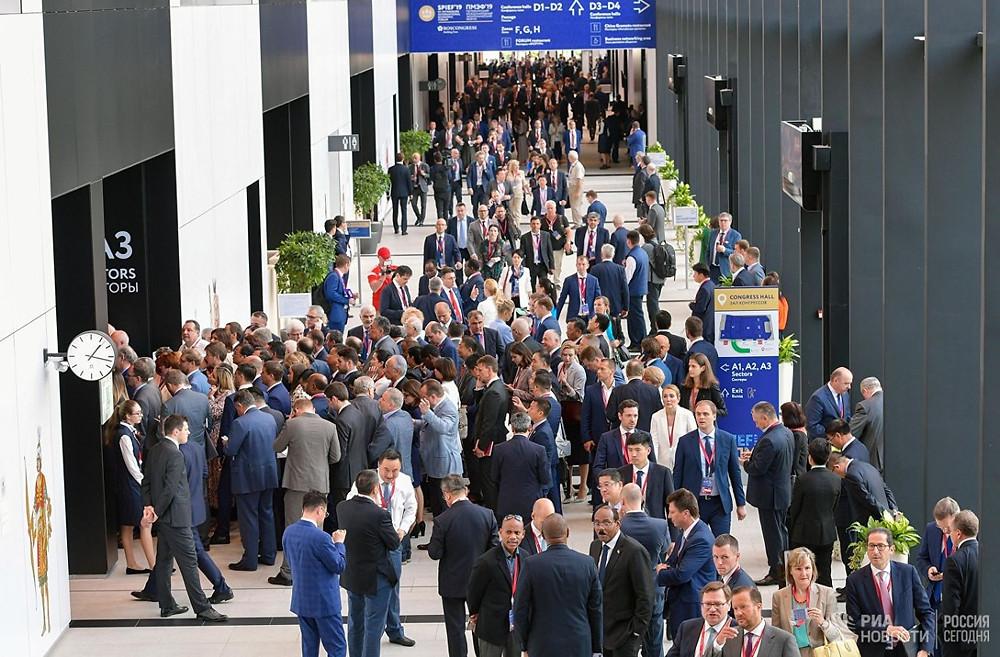 В работе Петербургского международного экономического форума приняли участие 13 тыс человек. Большинству понадобилось качественное размещение