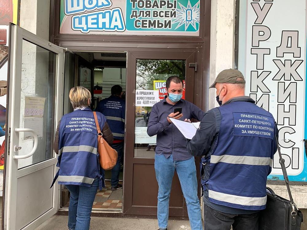 Смольный руками сотрудников ККИ проверят исполнение санитарных норм